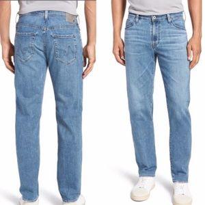 •AG•NWOT The Graduate Tailored Leg Light Wash Jean